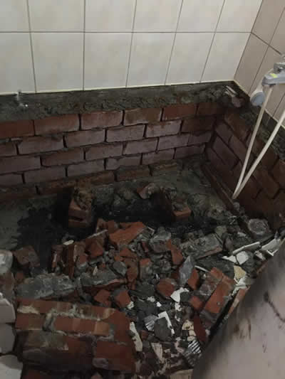 高雄左營區浴室翻修-高雄浴室翻修-浴室防水隔熱